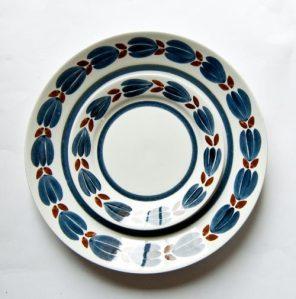 "Arabia Finland ""Botnia"" Plates"