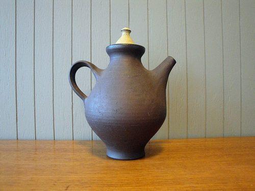 Ditlev Denmark, Stoneware Teapot
