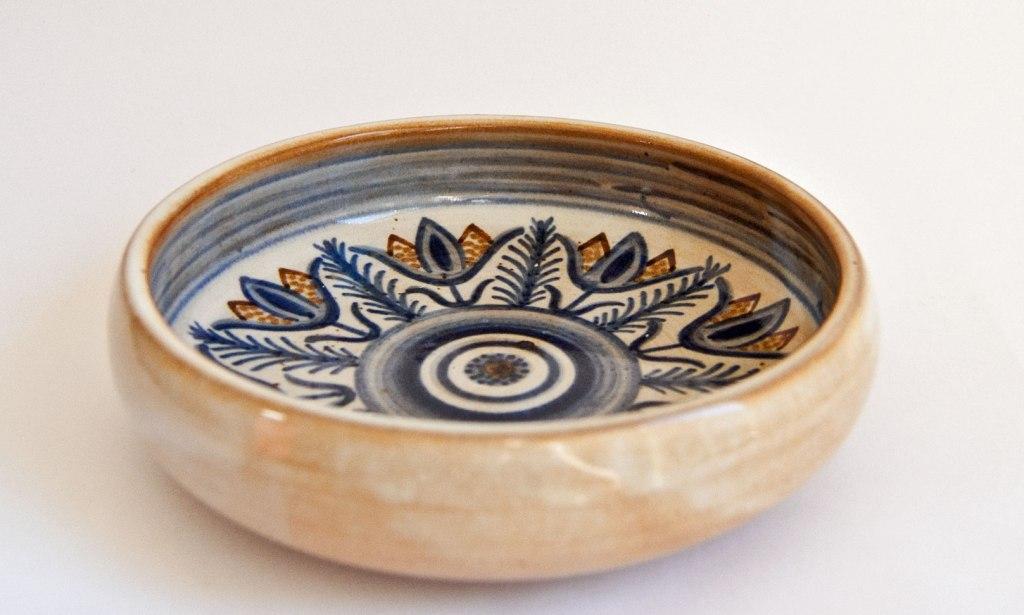 Hjorth Bowl - Design by Gertrud Kudielka