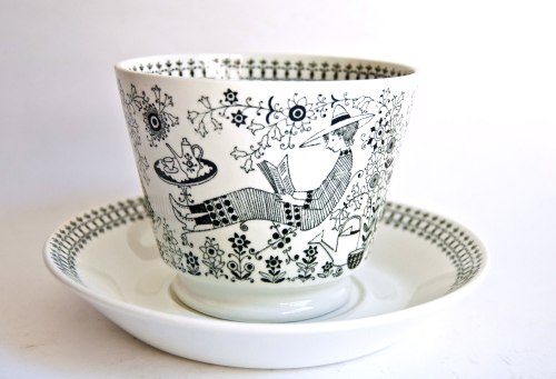 Arabia Finland Emilia Large Cup Side View
