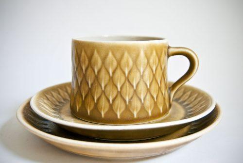 """Kronjyden Nissen, Jens Quistgaard """"Relief"""" Design Cup, Saucer, Plate"""
