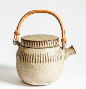 Tremar Cornwall - Teapot with Cane Handle