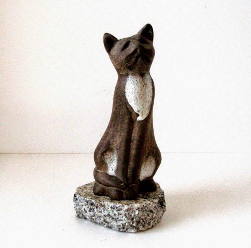 Magonis Daga Sculpture