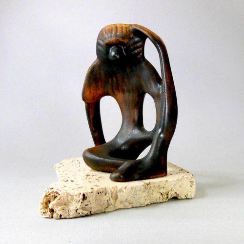 Daga Sculpture