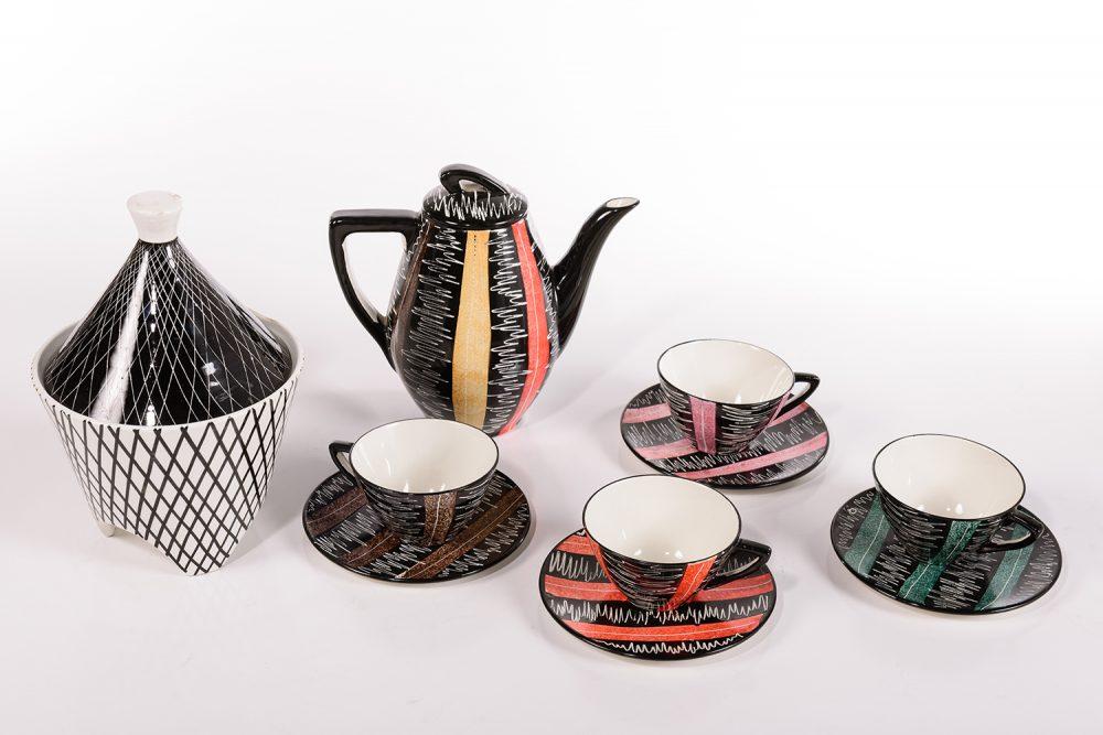Italian Pottery Group