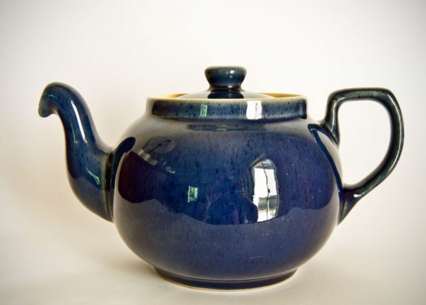 Denby Cottage Blue Teapot