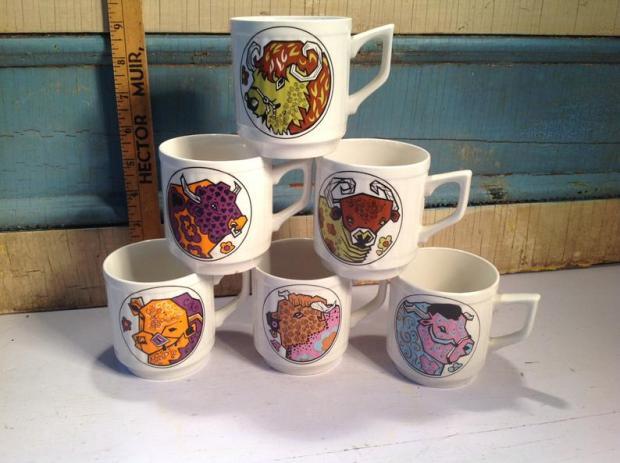Beefeater Mugs, Washington Pottery