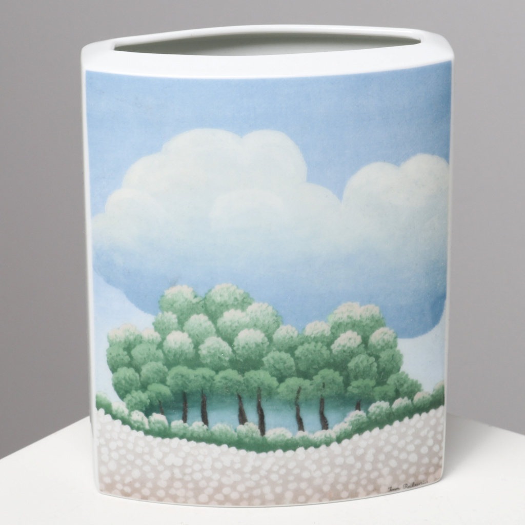 Rosenthal Studio Line Vase, Decor by Ivan Rabuzin.